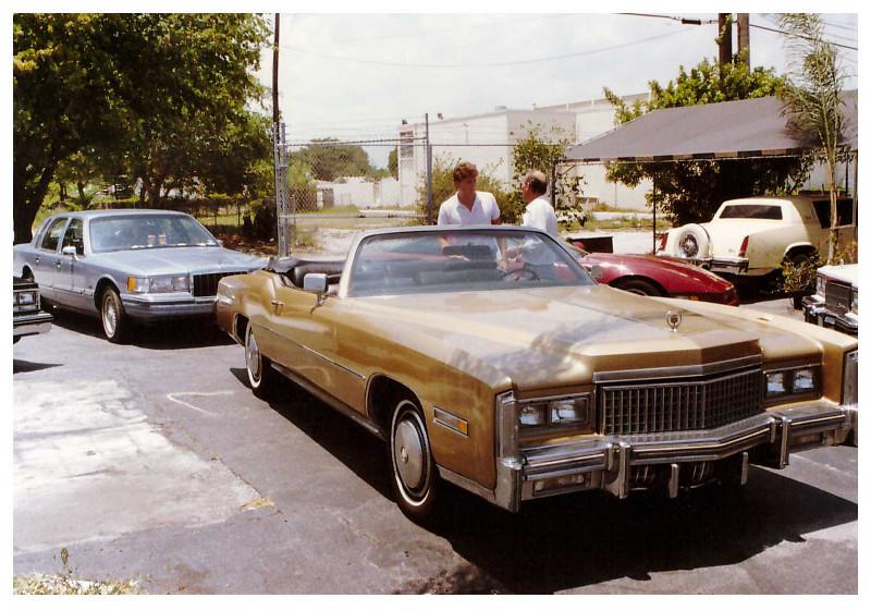 cadillac-eldorado-1975-10