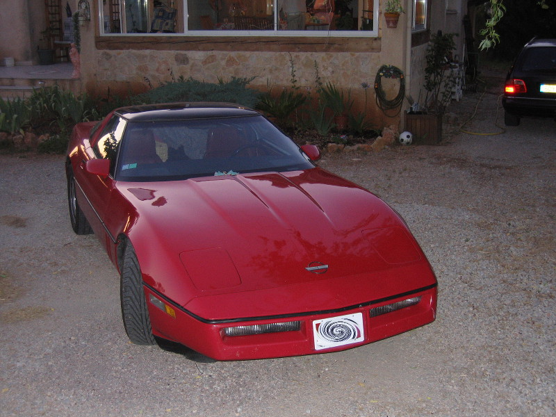 chervolet-corvette-1984-2