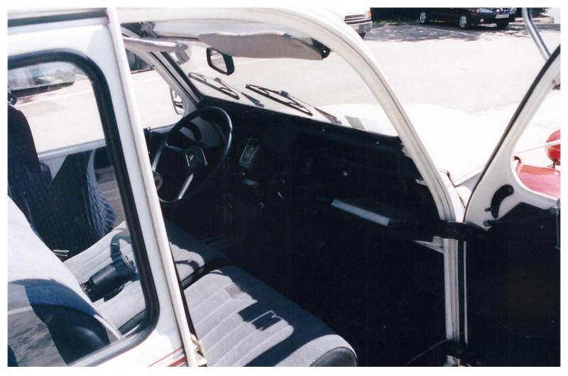 Citroen-2cv-10